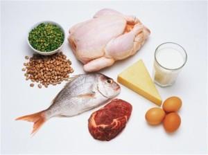 Ошибка 7: отсутствие контроля над содержанием составляющих еды – жиров, белков и углеводов.