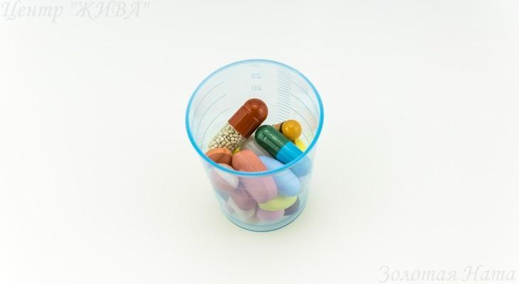 Цветотерапия. Исцеление отношений, мышления и головной боли цветом.