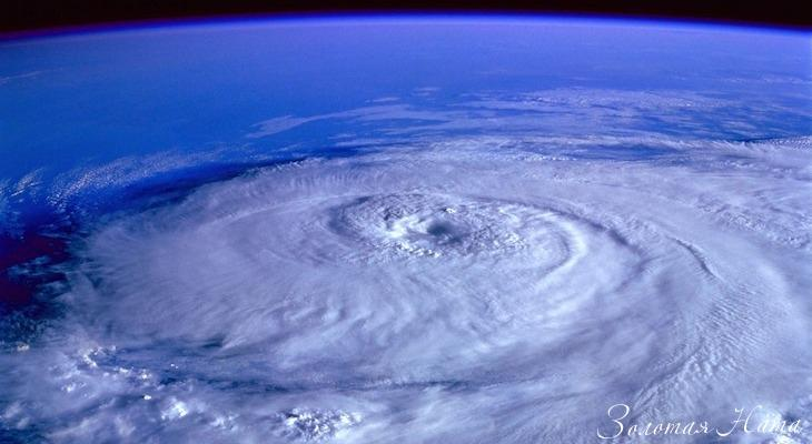 Sapfirovyĭ uragan 2